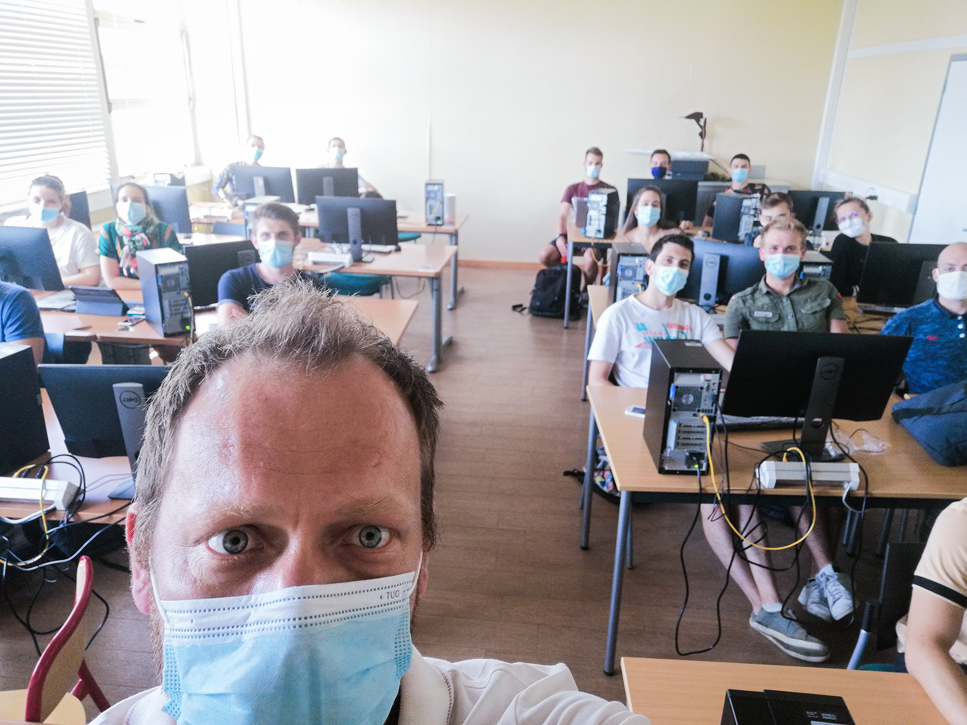 Julien Nowecki, chef d'agence de CAeP Ingénierie avec les élèves ingénieurs de IMT Mines Alès, durant une formation accès sur le BIM et les Fluides